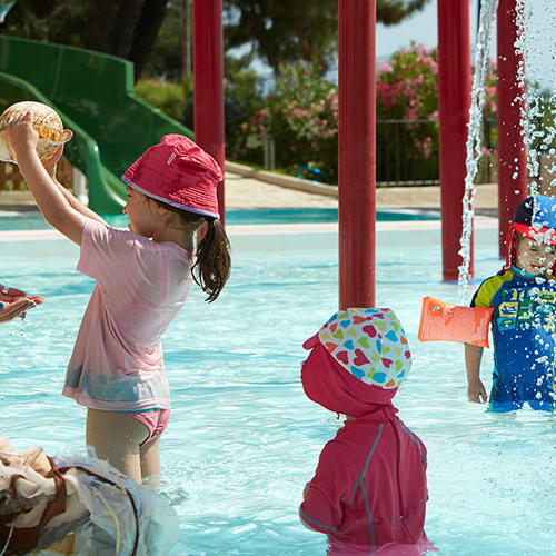 single parent all inclusive holidays abroad Whether your single parent status is down to separation of gumption, taking your children on holiday on your own can be an tour operator profit margins may be tight, but holiday companies could benefit from being a bit more inclusive (for example, activities abroad, the adventure holiday operator,.